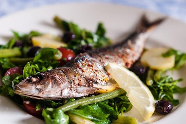 Beneficios del pescado fresco para la salud cardiovascular