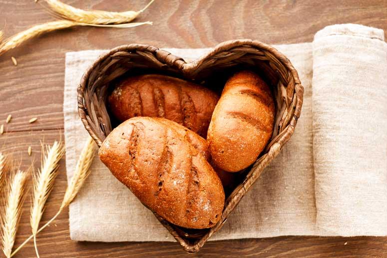 ¿Qué cantidad de pan debemos comer al día?