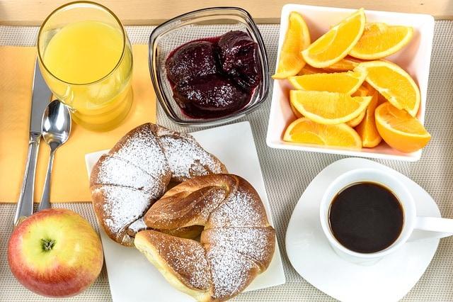 Naranjas o zumo de naranja, ¿qué es mejor para tus hijos?