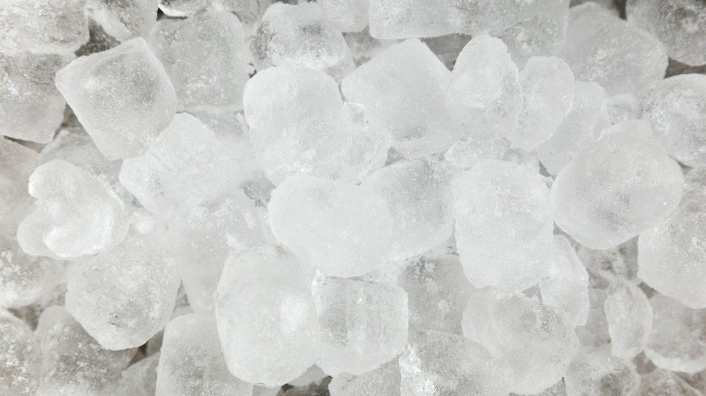 hielo agua y sal