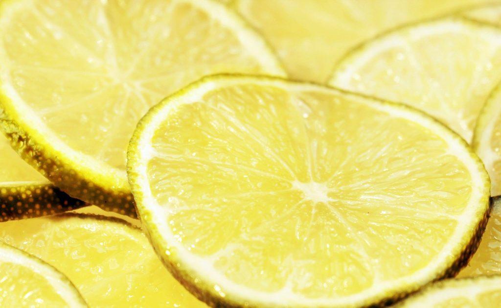 limón fruta de temporada