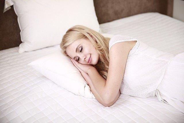 La alimentación influye en la calidad del sueño