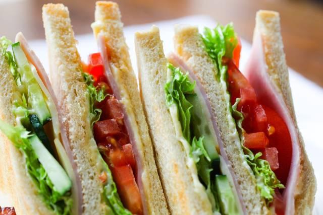 sandwich Club House